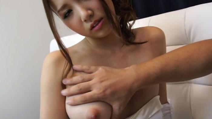 Ayaka Tomoda